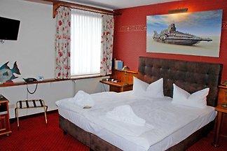 2 - Bett - Zimmer 112