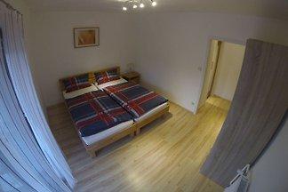Standard Apartment mit Wohn- und...