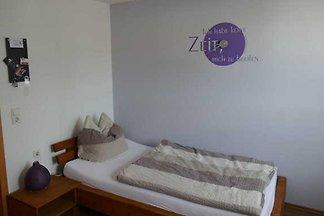 Zimmer 3, EG, EZ