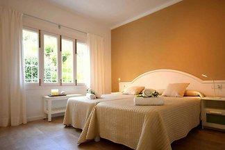 44332 Villa Na Pilena direkt am Strand