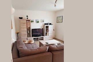 Das Ferienhaus liegt in einer ruhigen Wohngegend, im Rostocker Stadtteil Kassebohm, im Zentrum.
