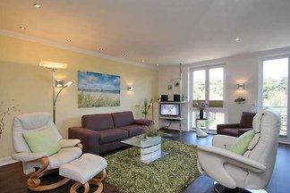 Herzlich Willkommen in dem 3-Zimmer Appartement Nr. 20 'An der Kurpromenade' in Timmendorfer Strand.   Es erwartet Sie ein in 2014 komplett neu renoviertes Appartement.