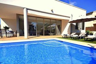 44098 Moderne Villa Juan mit Pool Son Serra