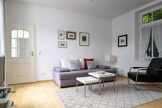 2 - Raum - Apartment (A.4.10), mit Balkon