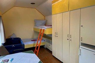Familien-Zimmer zwei Einzelbetten Nr. 1