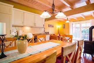 4-Raum-Landhaus (4) mit Sauna und Kamin...