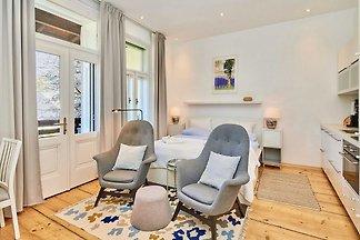 Studio Apartment mit Balkon und Raxblick - To...