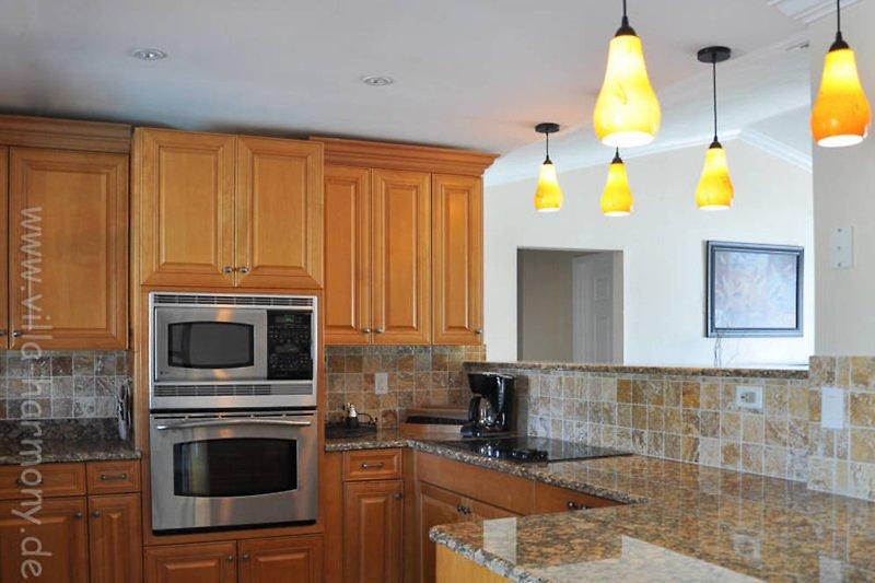 villa harmony ferienhaus in cape coral mieten. Black Bedroom Furniture Sets. Home Design Ideas