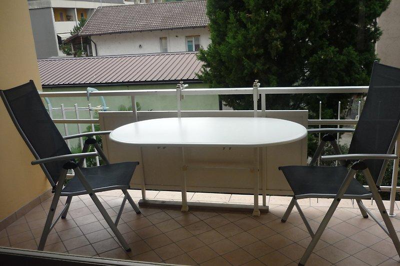 1 br aprt avec balcon terrasse sur le toit appartement for Appartement avec terrasse sur le toit