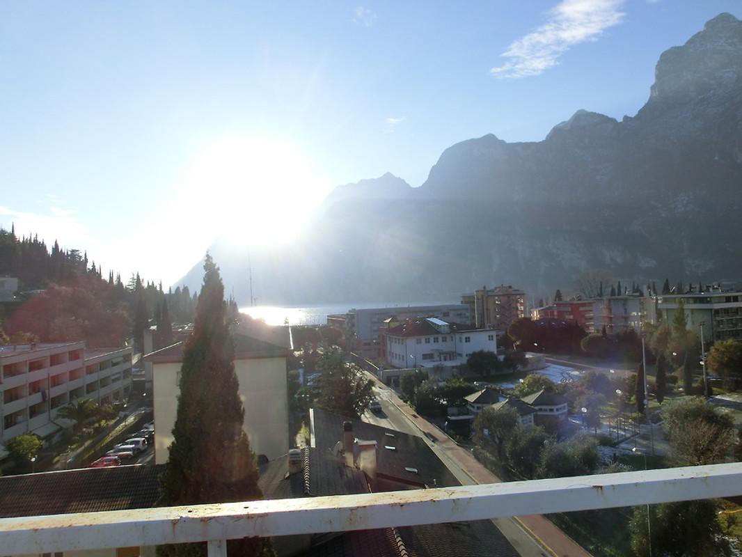1 Zi Aprt Mit Balkon Dachterrasse Ferienwohnung In Riva Del