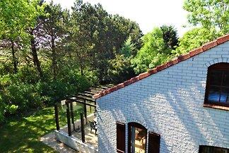 House 731, De Krim, excl