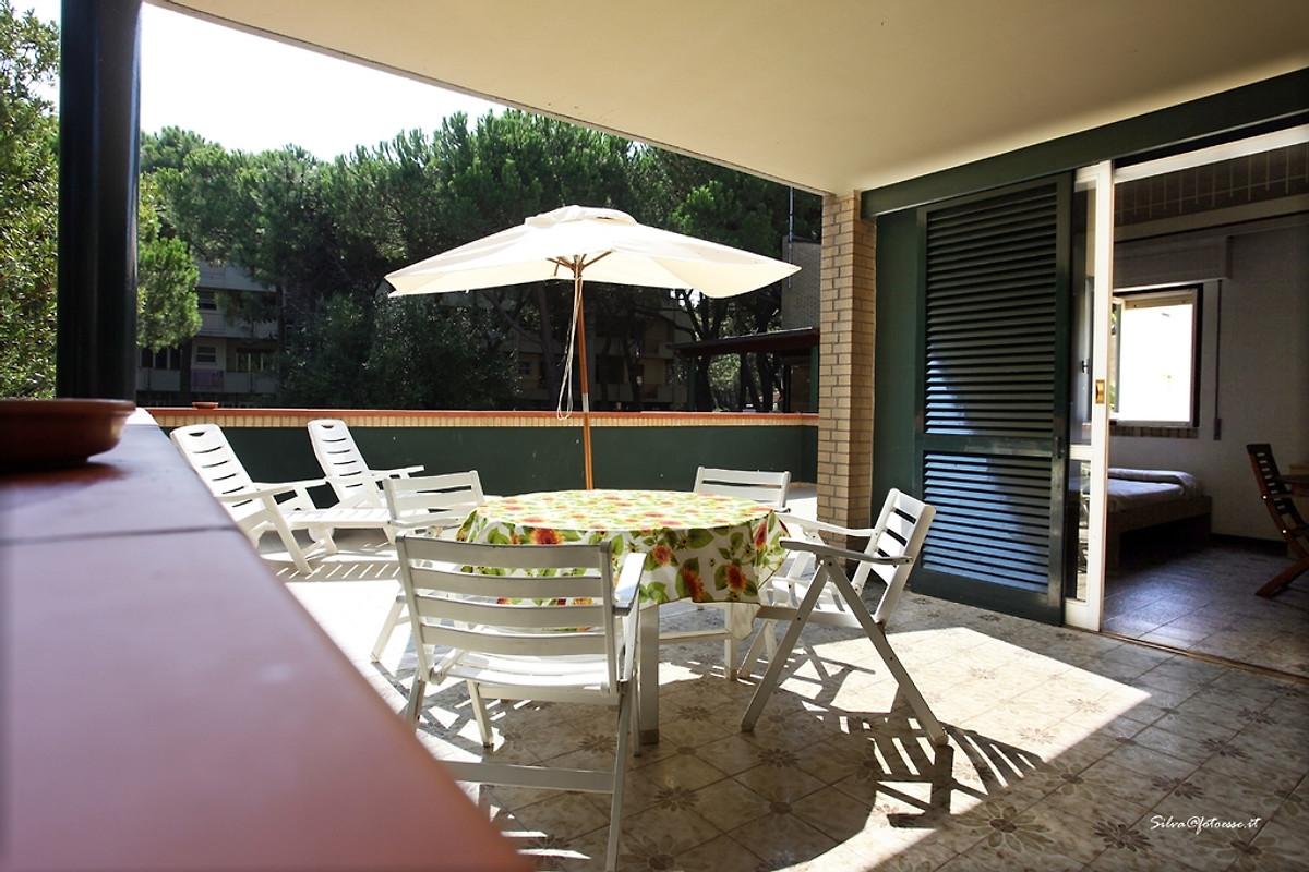 La casa di desy casa vacanze in principina a mare affittare for Piani di veranda coperta