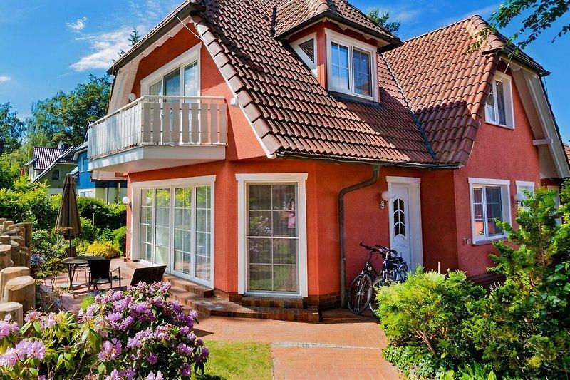 Ferienhaus Ahrenshoop (in Zingst) für 2 Personen.