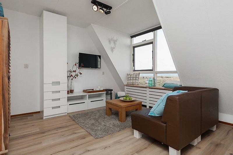 Wohnzimmer mit Luxusküche