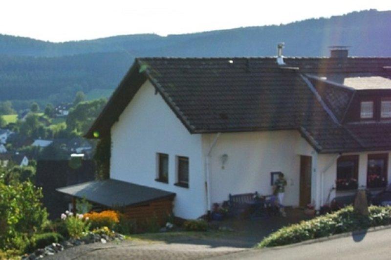 Ansicht des Hauses mit Panoramablick
