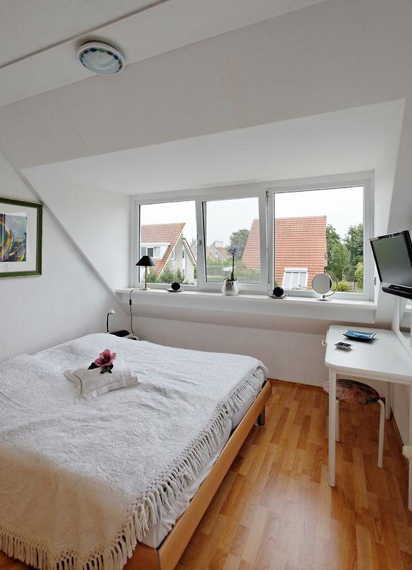 Strand 38 sonnemaire de luxe ferienhaus in scharendijke for Schlafzimmer mit schminktisch