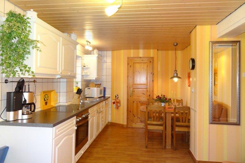 Küchenansicht von der 40 m² Ferienwohnung vom Ferienhof Anno 1856