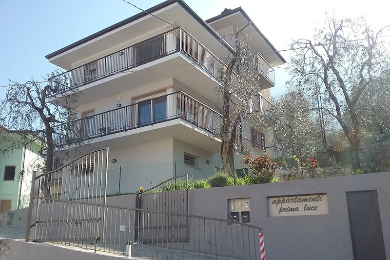 apartments Prima Luce