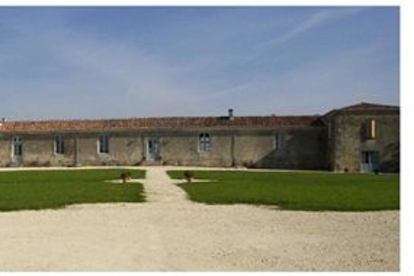 chambres d'hôtes à Saint Bris des Bois - Image 1
