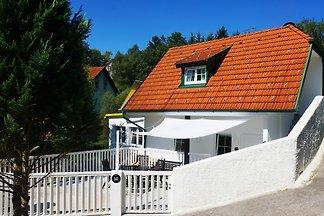 BLACK & WHITE Ferienhaus