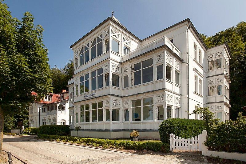 Strandvilla Agnes in Binz.