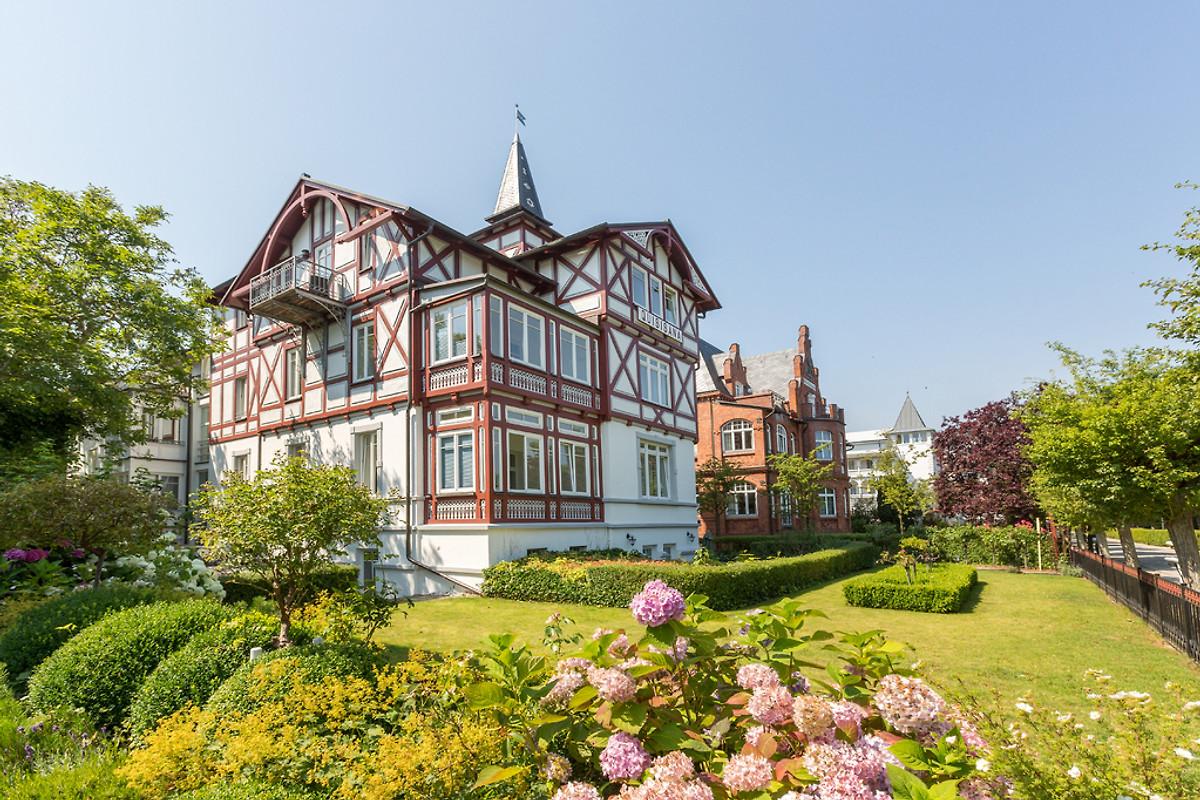 villa quisisana fewo nr 1 ferienwohnung in binz mieten. Black Bedroom Furniture Sets. Home Design Ideas