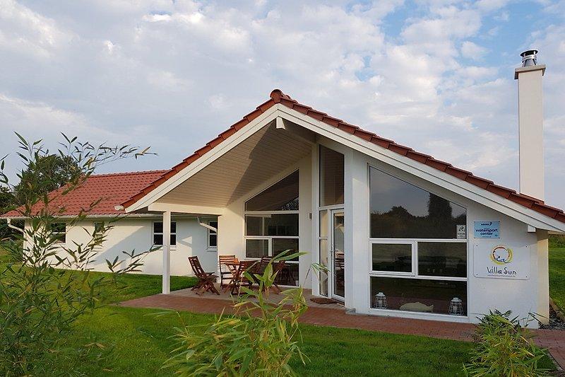 ferienhaus villa sun r gen ferienhaus in vaschvitz mieten. Black Bedroom Furniture Sets. Home Design Ideas