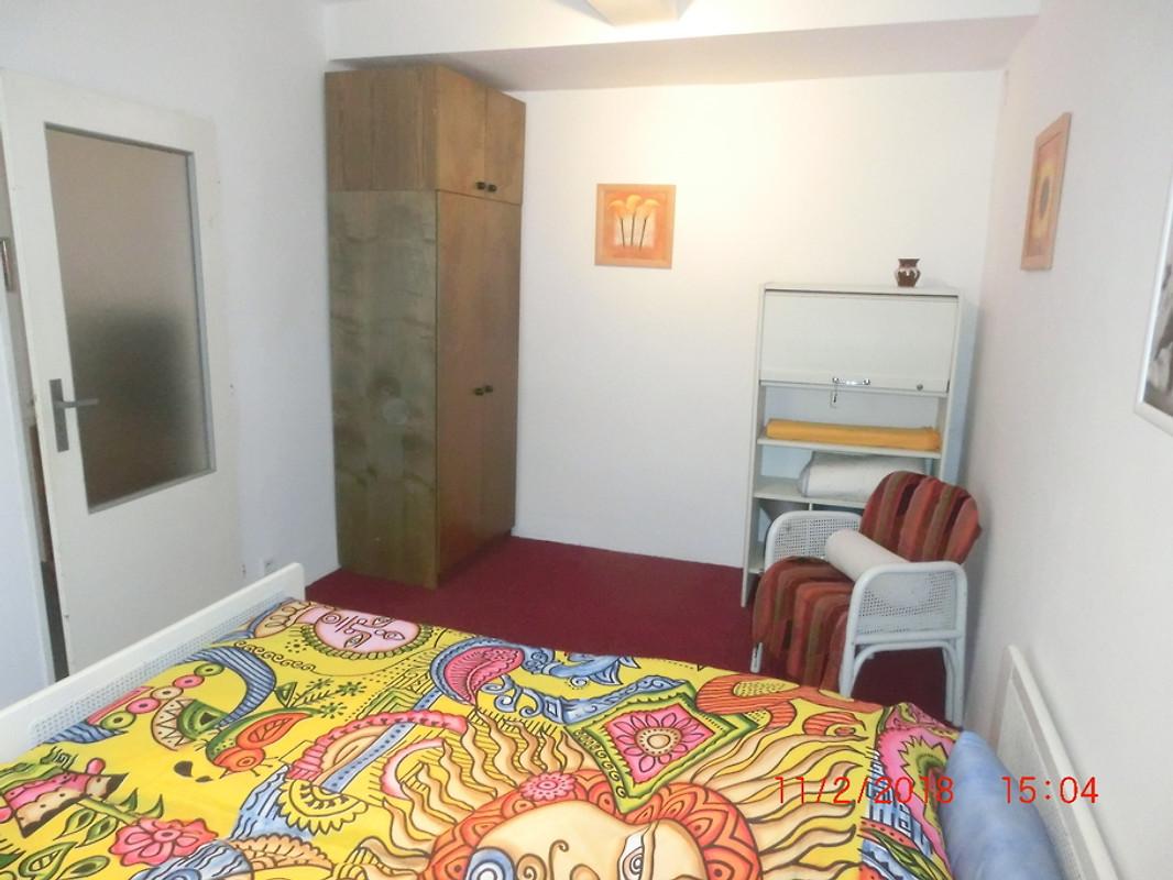 Gemutliche suite mit garten parken in prag a trakalova - Gemutliche schlafzimmer ...