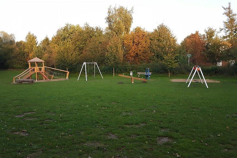 Spielplatz in der Anlage