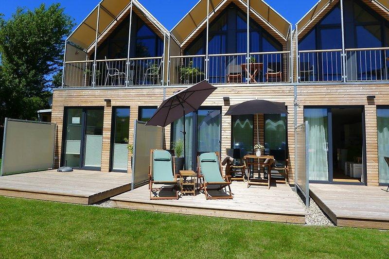 strandhaus kleine perle am meer ferienwohnung in b sum mieten. Black Bedroom Furniture Sets. Home Design Ideas