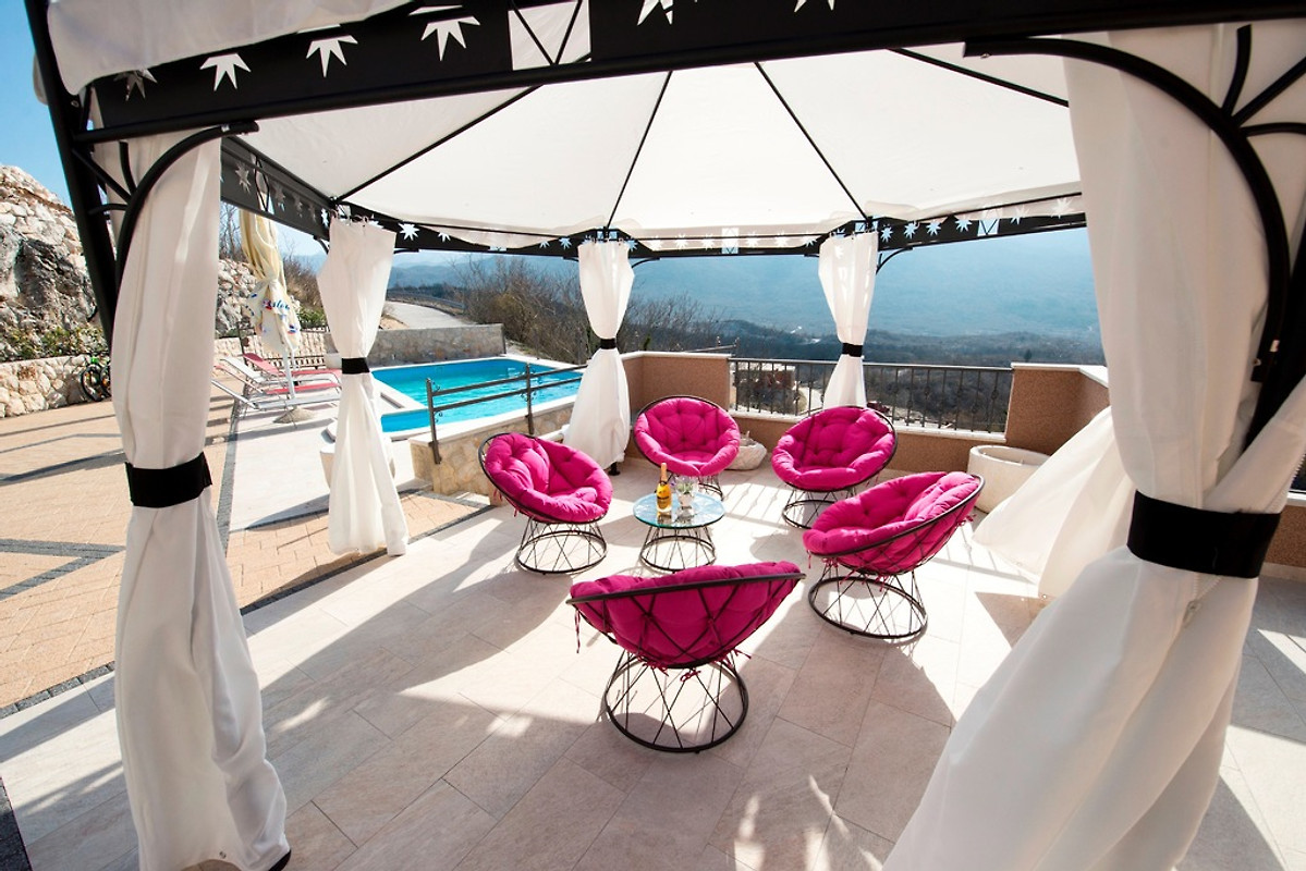 villa ivana ferienhaus in zagvozd mieten. Black Bedroom Furniture Sets. Home Design Ideas