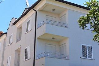 Studio Apartment L'Ulivo ****