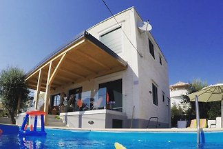 Villa Privlaka **** 150m from sea