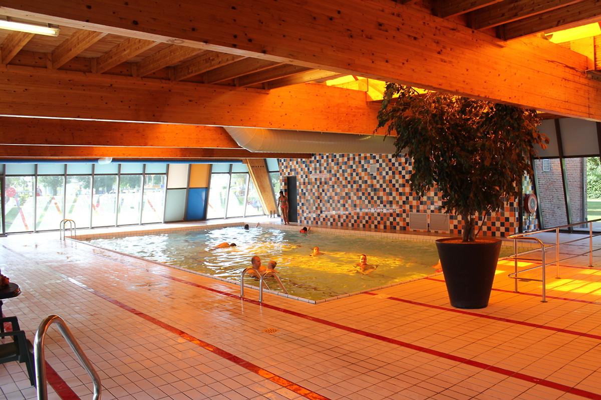 Lambsheim Schwimmbad beachhouse h201 home in breskens