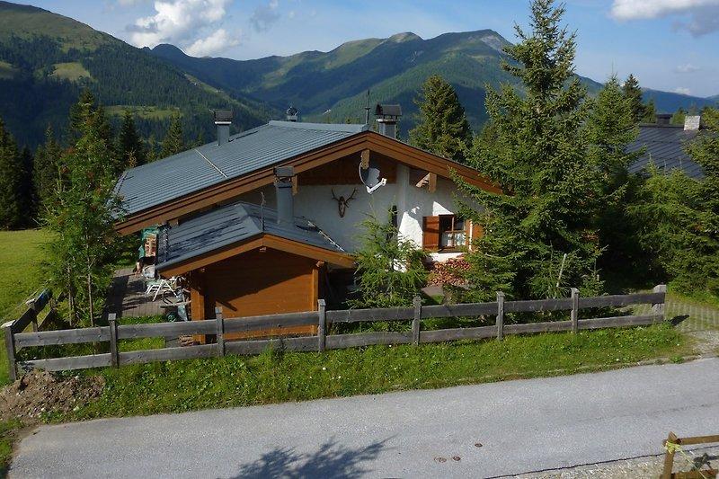 Haus Hirschblick im Sommer