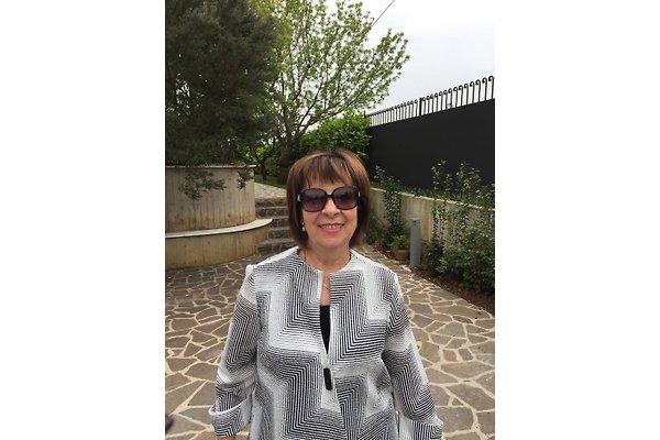 Frau E. Tommolini