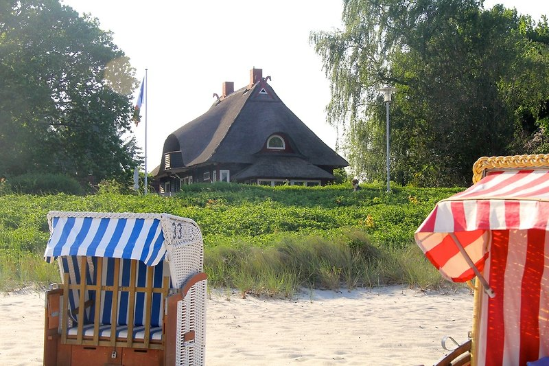 House Godewind view from the beach