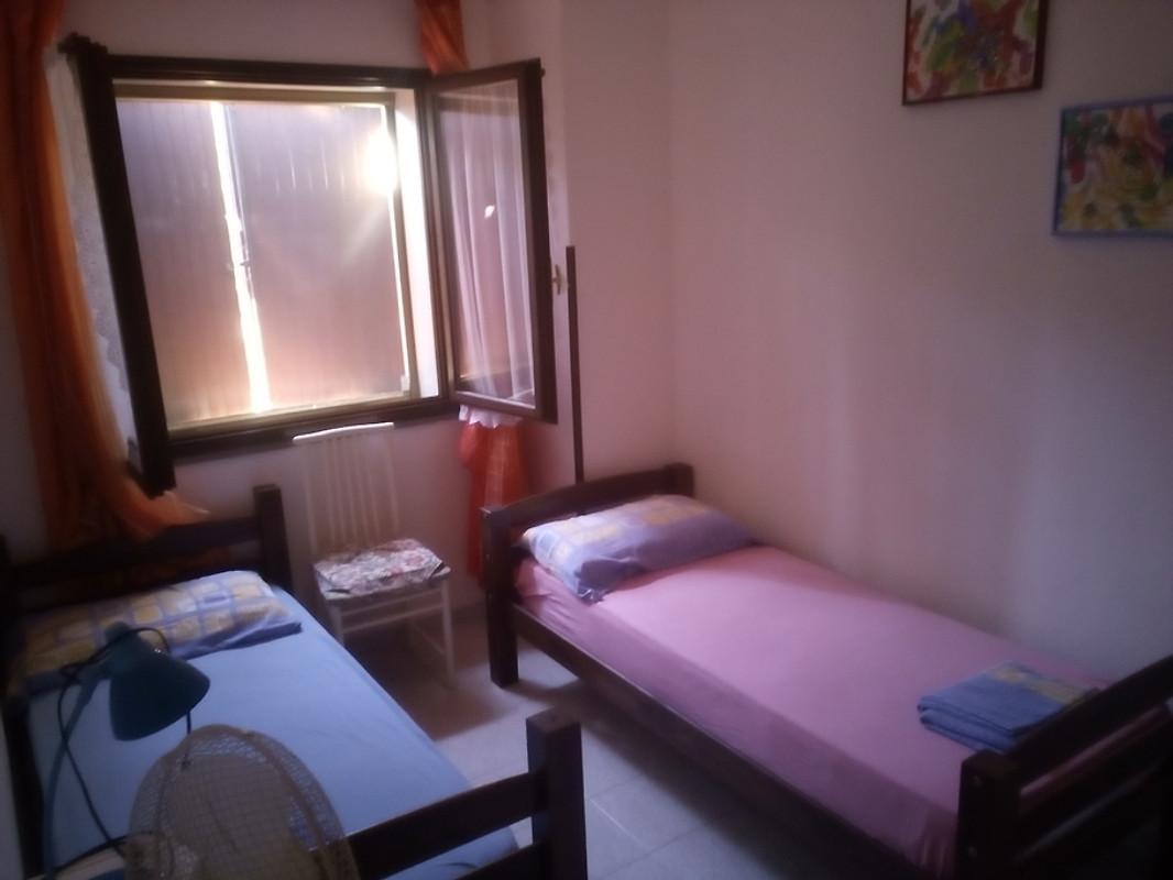 Casa marisa casa vacanze in stintino affittare for Casa con 2 camere da letto con seminterrato finito in affitto