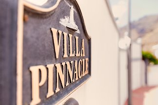 Villa Pinnacle