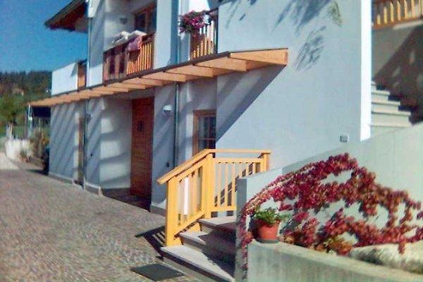 flat in villa in Ronzone - Bild 1