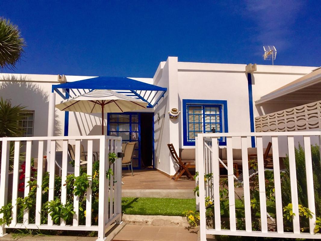 bungalow sonneland gran canaria ferienhaus in maspalomas mieten. Black Bedroom Furniture Sets. Home Design Ideas