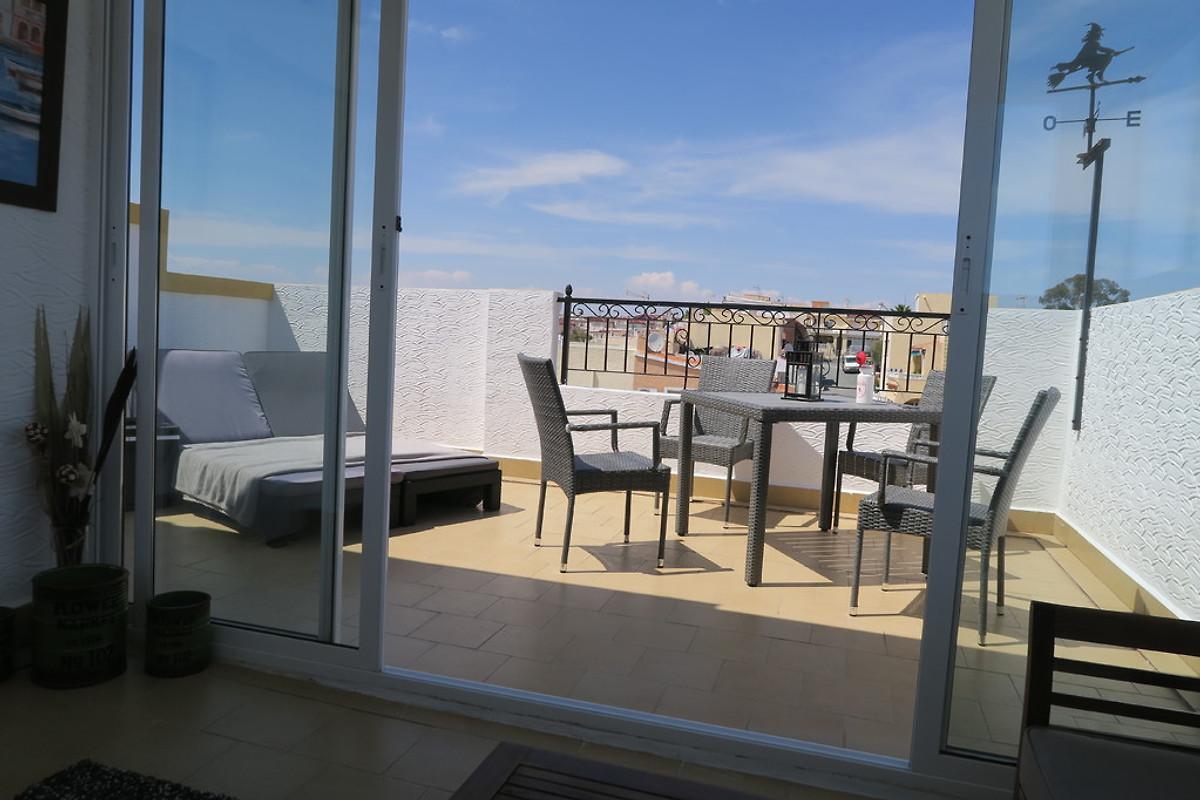 casa suerte ferienhaus in la marina mieten. Black Bedroom Furniture Sets. Home Design Ideas