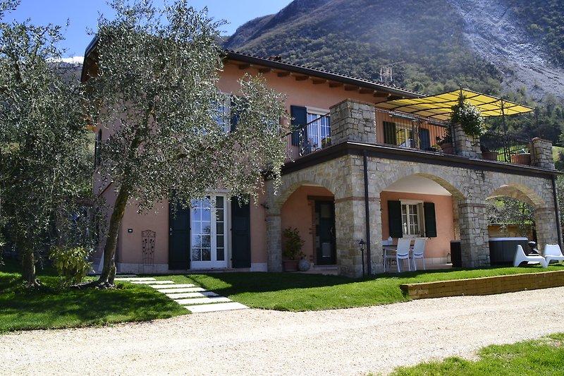 villa Giulia Nicole