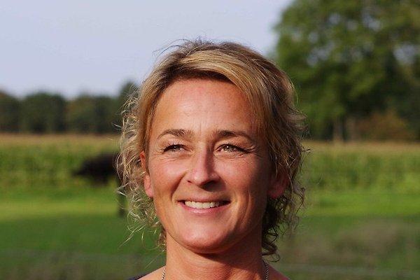 Frau M. Steehouwer
