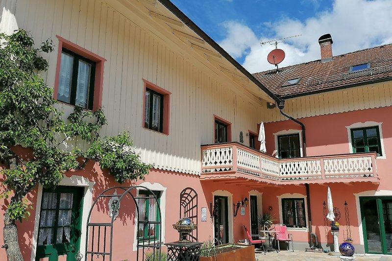 Ferienwohnung in Histor. Anwesen