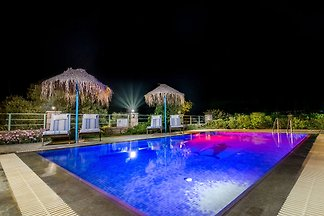 Villa Klio,swimming pool,Pitsidia