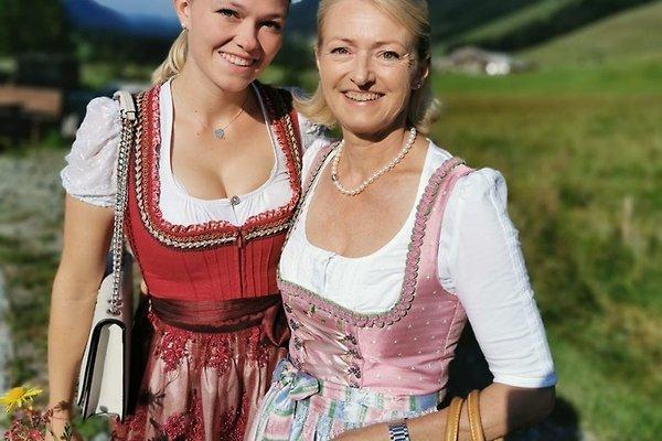 Frau B. Anzenhofer