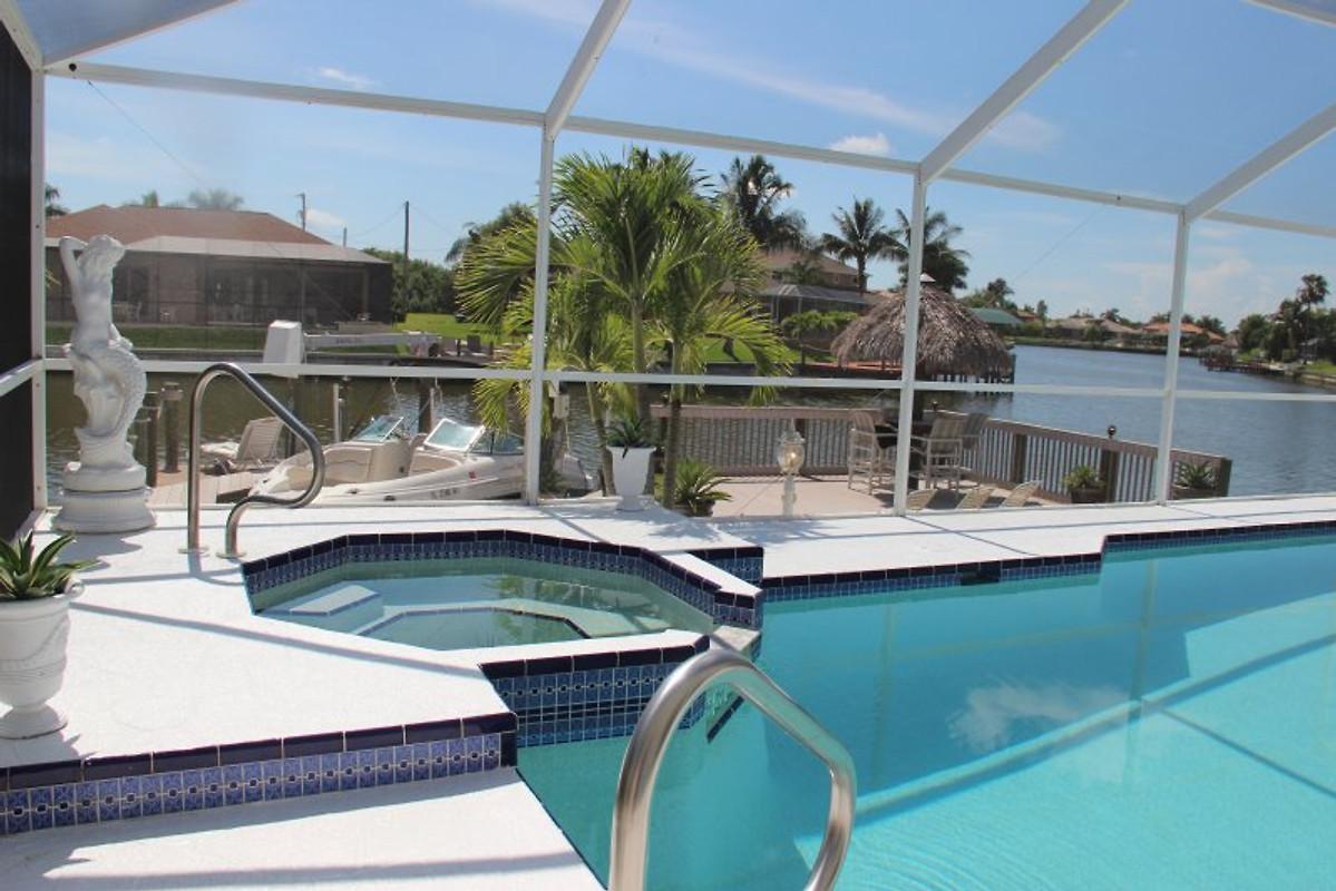 Villa Riviera Cape Coral Florida