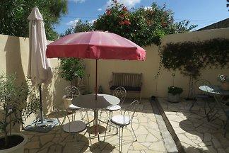 Generous living in the sunny Midi
