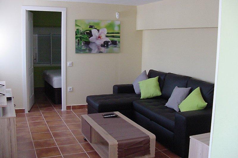 Wohnzimmer moit gemütlicher Couch